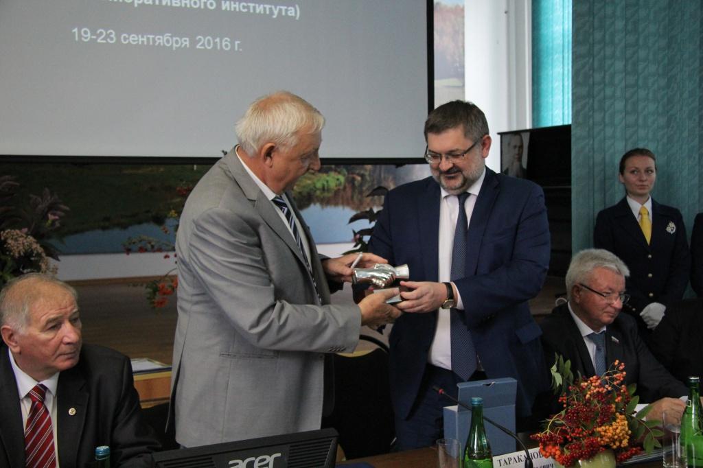ВолГУ подписал соглашение с Федеральным научным центром агроэкологии о создании базовой кафедры